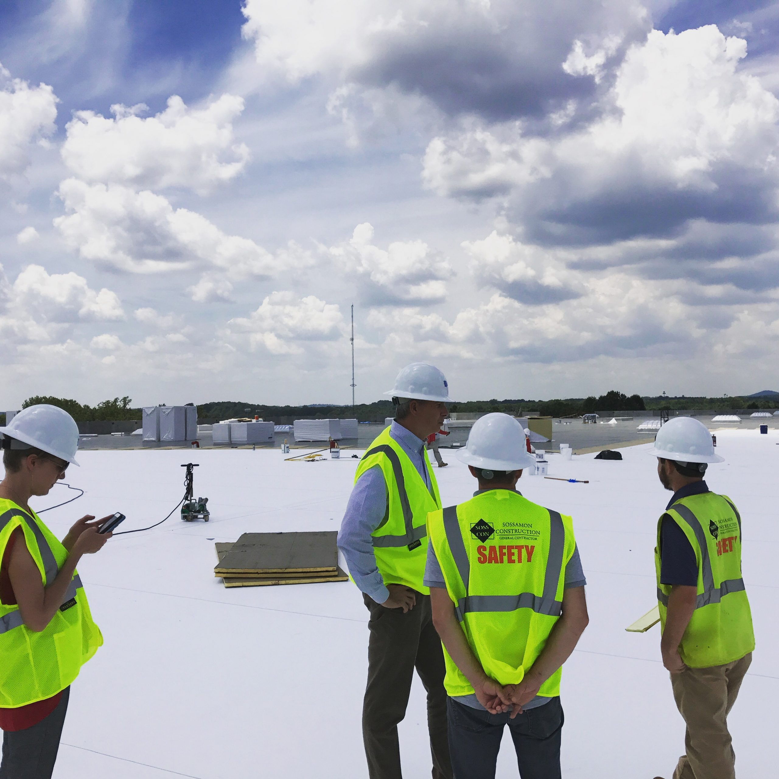 "Featured image for ""Roof-walk at Daimler Logistics Center"""