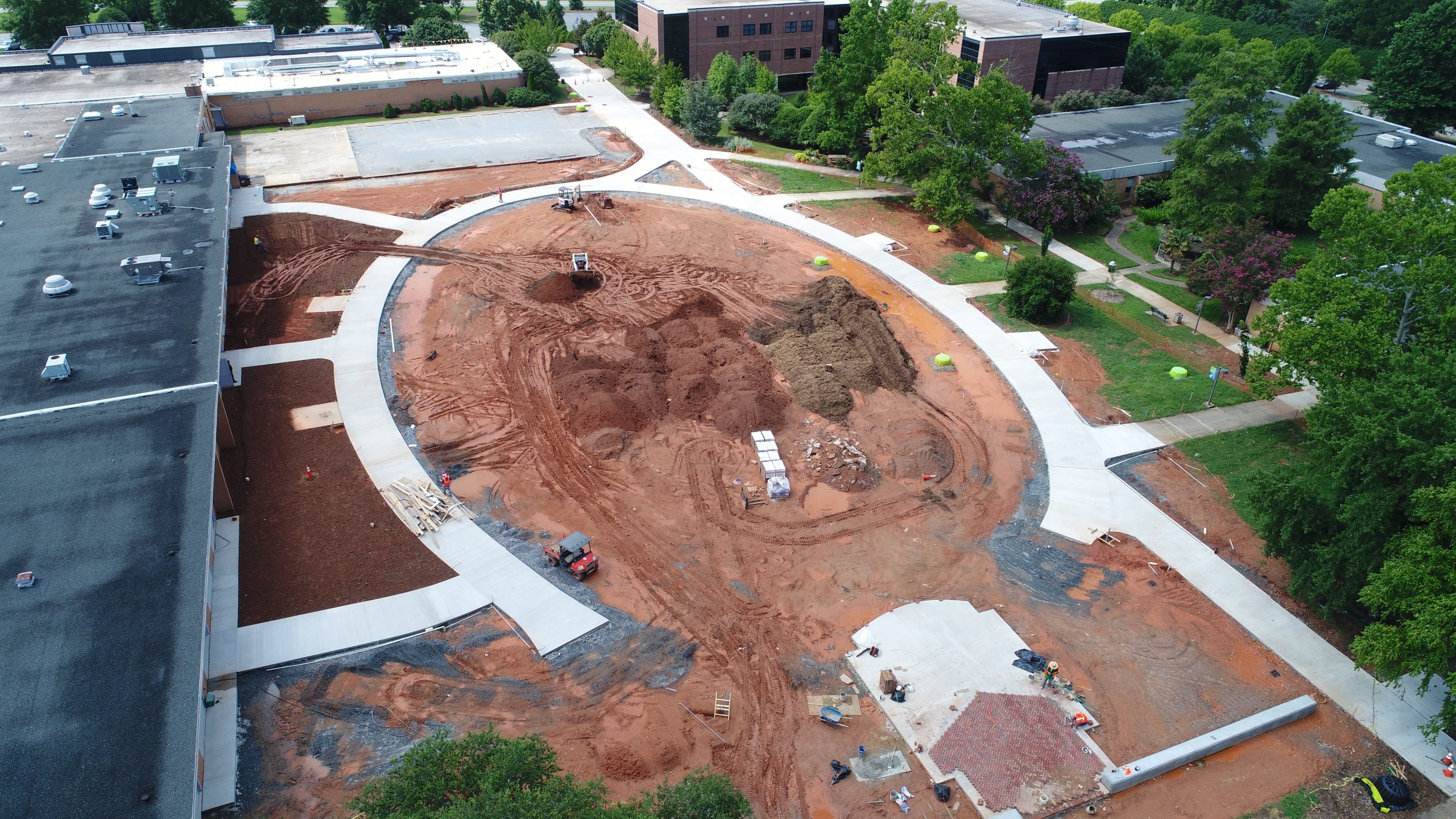 "Featured image for ""Spartanburg Community College Campus Green"""